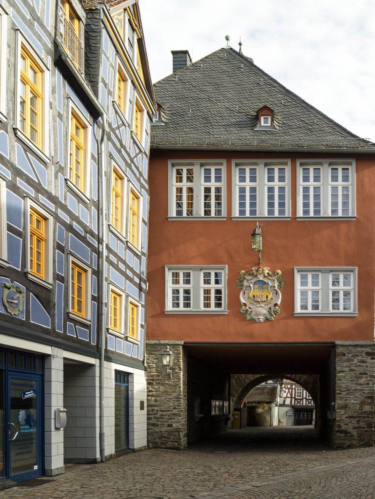 casa storta ad Idstein
