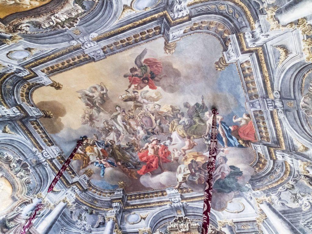 napoli Palazzo reale dettaglio soffitto