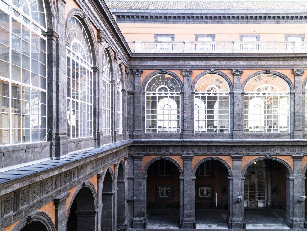 napoli Palazzo reale archiettura