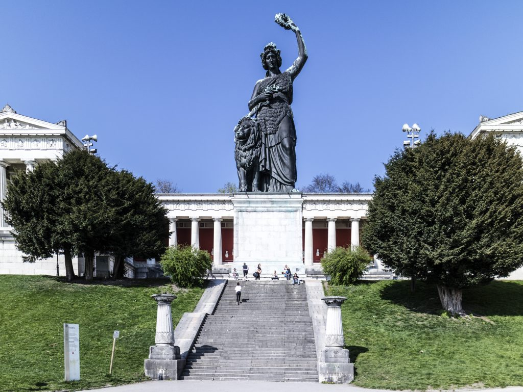 La statua della Baviera
