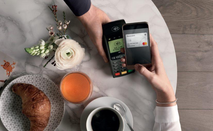 Mastercard – il sistema contactless tra una cena romantica e un taxi