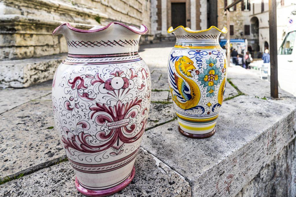Perguia artigianato locale ceramiche