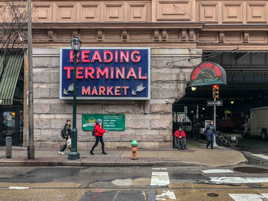 UN WEEKEND A PHILADELPHIA – READING TERMINAL MARKET