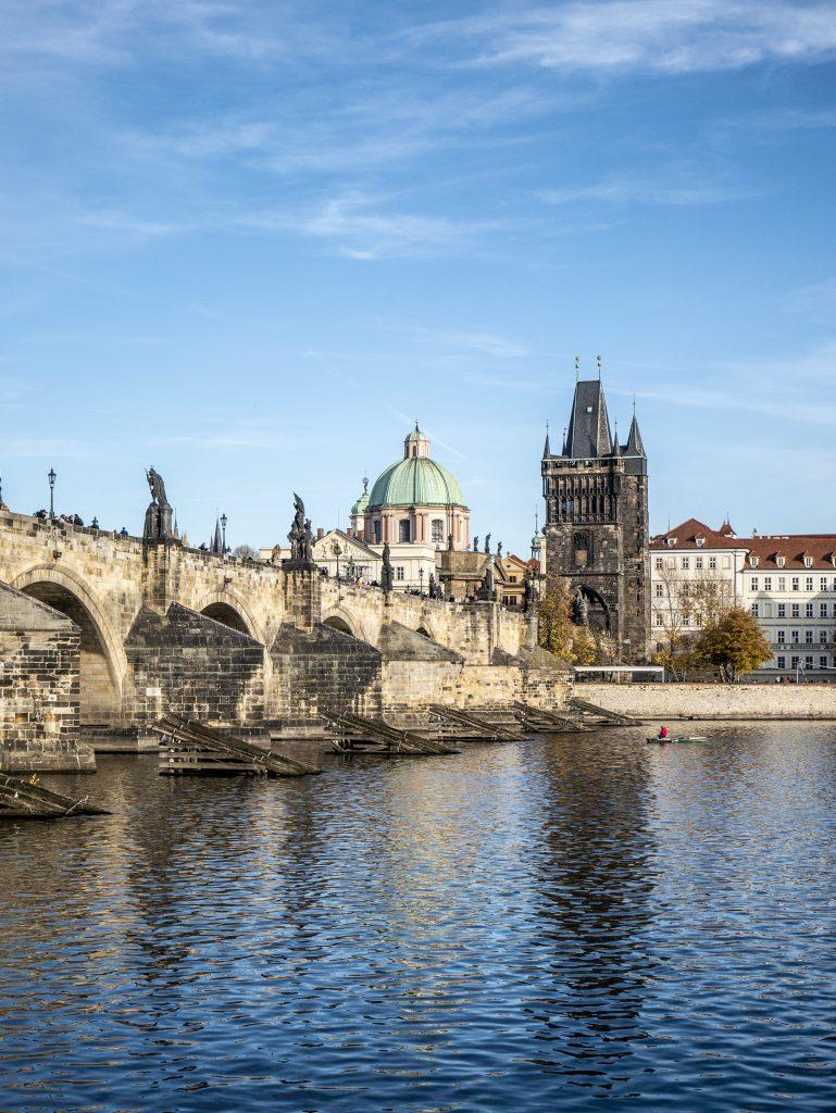PRAGA – UN SET A CIELO APERTO