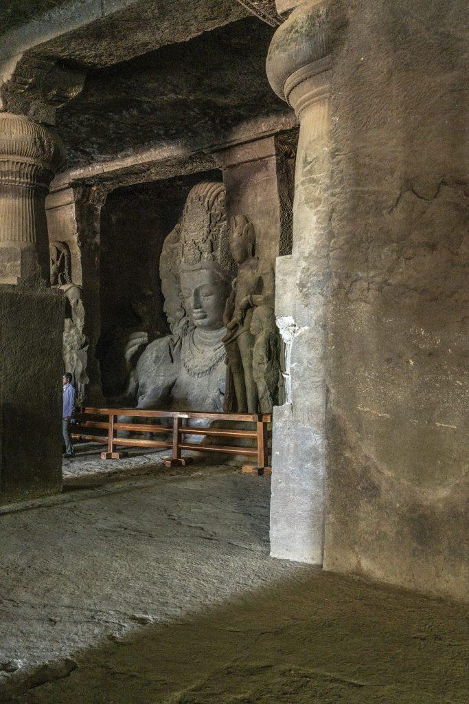TAPPA 4 – MUMBAI: ELEPHANTA CAVA E LA CITTÀ