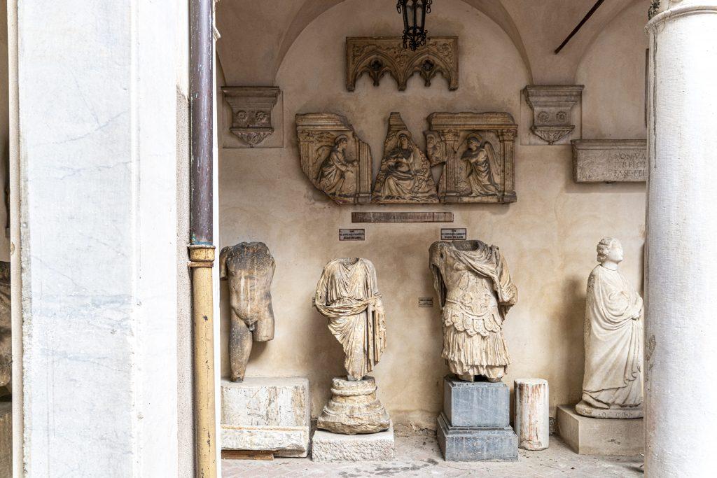 Carrara - l'accademia delle belle arti