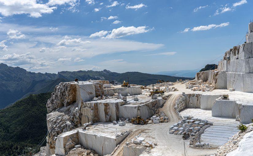 Carrara – una storia tra marmo e anarchia