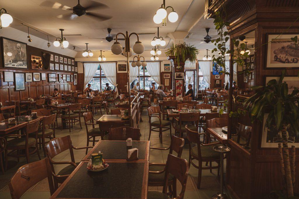 RECOLETA – DOVE MANGIARE: CAFÈ LA BIELA